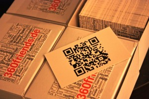 Die Visitenkarten Rückseite ist mit einem QR-Code bedruckt
