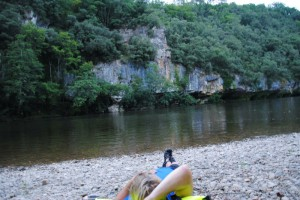 Kanu Fluss genießen