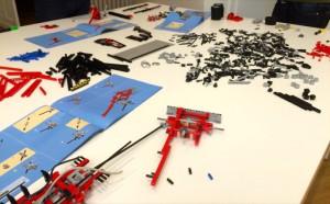 LEGO Tow Truck (8285) im Aufbau