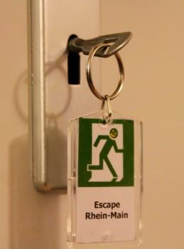 Schlüssel gefunden. Wir kommen raus...
