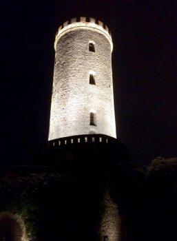 Sparrenburg Bielefeld bei Nacht
