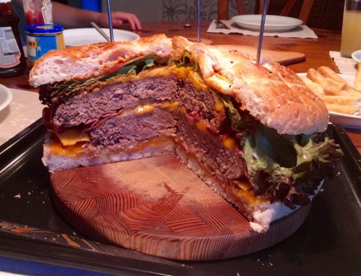 ¾ Hamburger